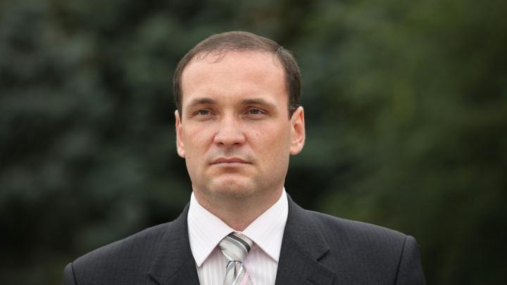 В Волгограде глава района пообещал наладить освещение во дворах и у школы