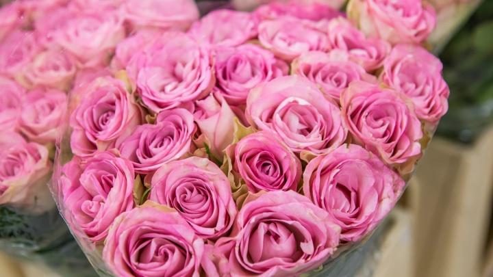 Новосибирские флористы предупредили о росте цен на цветы перед Днём святого Валентина