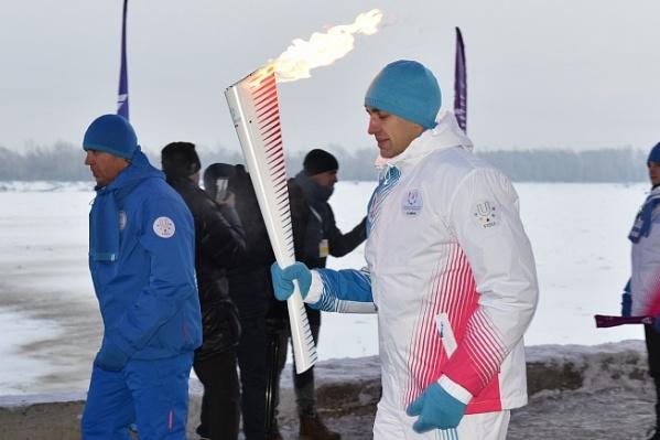 Огонь Универсиады приедет в Новосибирск из Алтайского края— там на минувших выходных тоже прошла эстафета