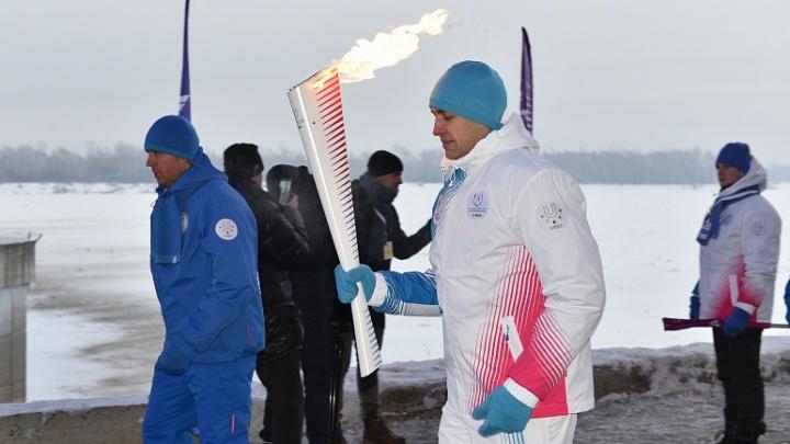 По Новосибирску пройдёт эстафета огня: из-за неё перекроют улицы