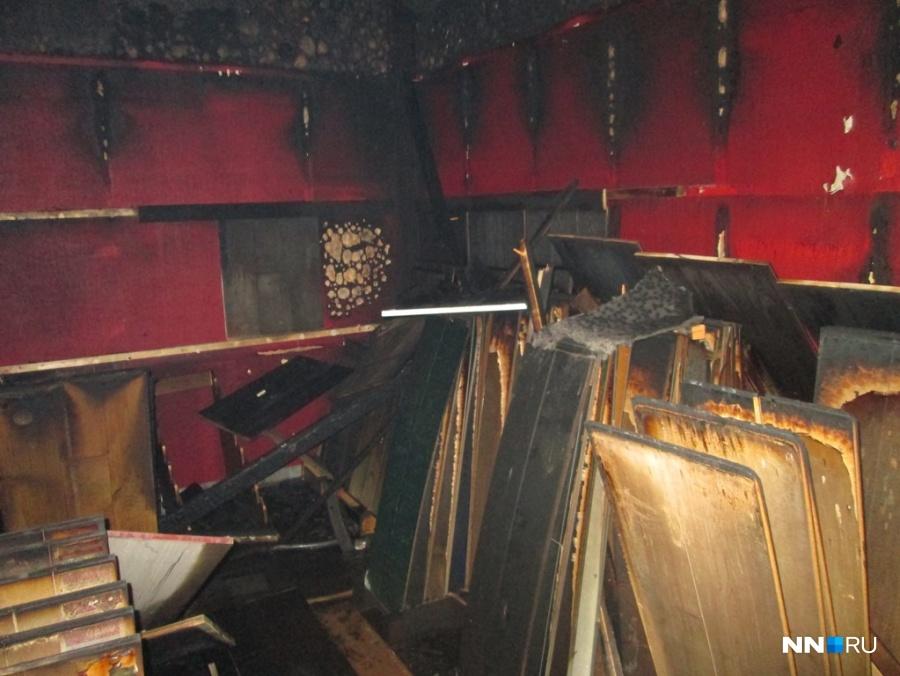 ВНижнем наулице Генкиной сгорел магазин из-за поджога