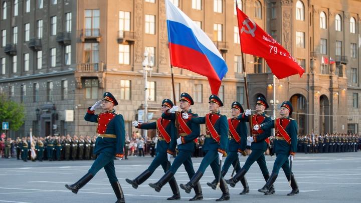«Пока тренируются в военных частях»: стали известны даты репетиций парада в центре Волгограда