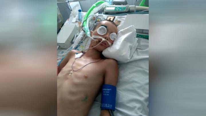 «Его столкнула девочка»: в Башкирии 13-летний подросток впал в кому после падения с высоты