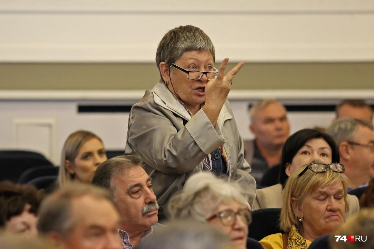 Жители единогласно высказались против изменения проекта планировки в их дворах