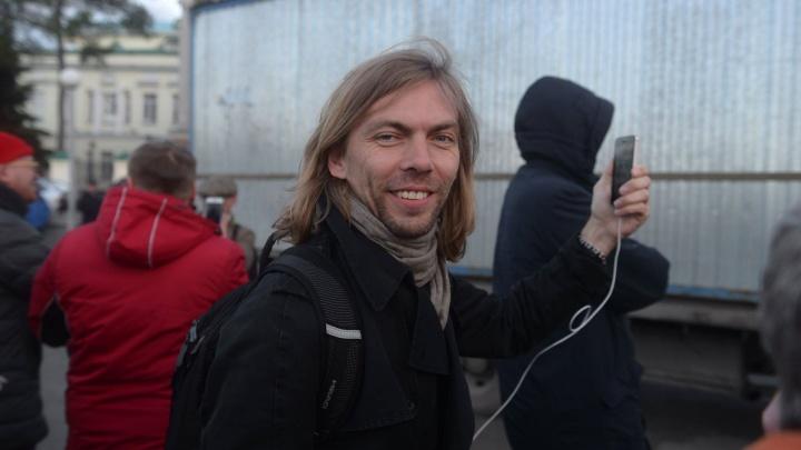 «Cохранение сквера — заслуга молодежи»: музыкант Миша Лузин — о тех, кто защитил сквер у Драмы