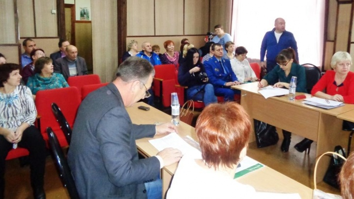 «На бюджетников особый расчёт»: как в Ленском районе готовятся презентовать «мусорный» проект