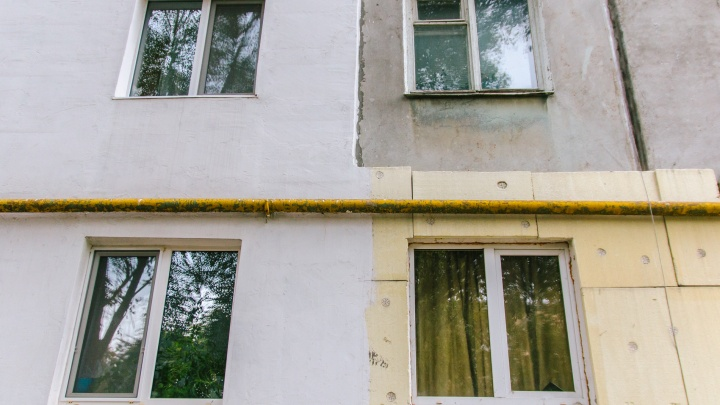 Испортили погоду в доме: Фонд капремонта обязали устранить протечку крыши в доме на «Управе»