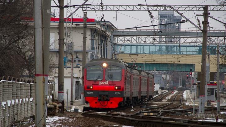 10 лет за 60 миллионов: чиновника РЖД из Ростова отправили в тюрьму за крупную взятку