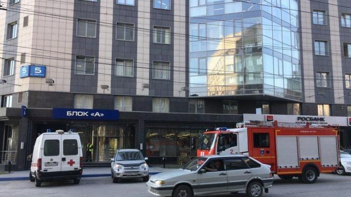Волна эвакуаций: антитеррористическая комиссия попросила новосибирцев сохранять спокойствие
