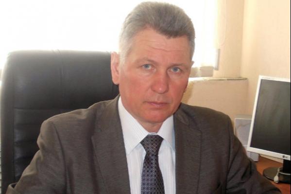 Владимир Чумаков имеет большой опыт работы в академии