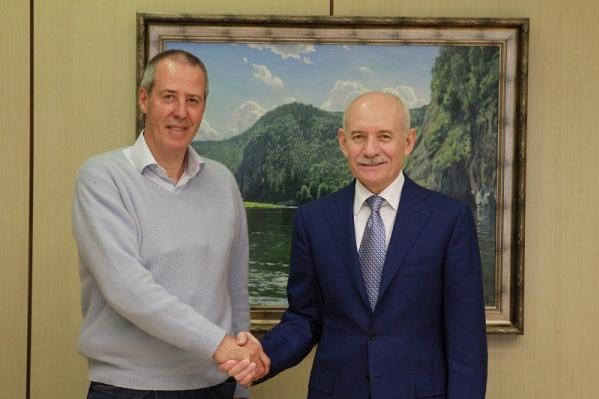 Глава республики лично познакомился с новым тренером «Урала»