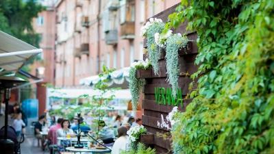 Как в Европе: обзор летних веранд, открывшихся в этом году