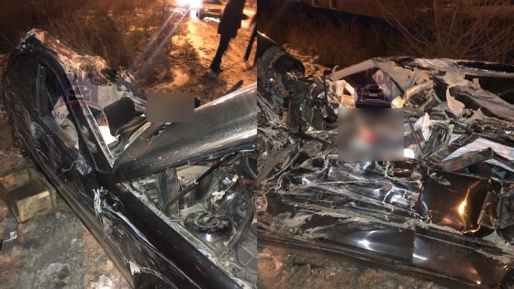 В аварии на Пограничников в «Мерседесе» погиб невиновный водитель, никогда не имевший прав