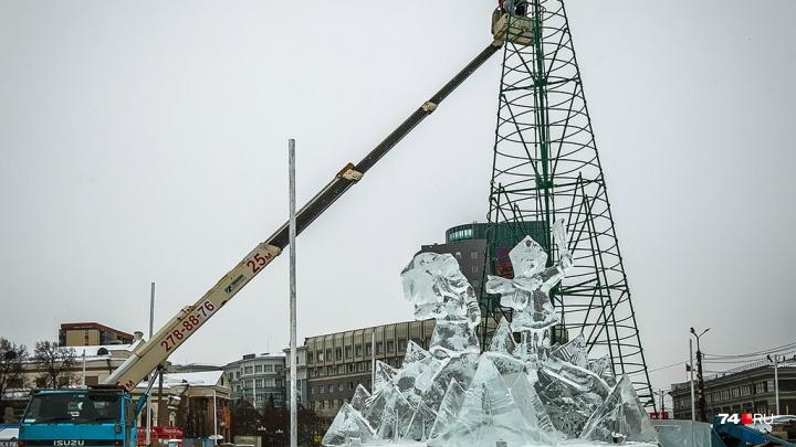 Новогодний городок на площади Революции пообещали построить за две недели