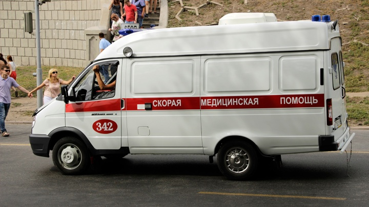 65-летний омич сбил на пешеходном переходе курсантку МВД