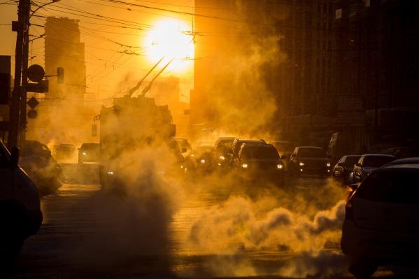 Завтра утром в Новосибирске возможны морозные туманы и изморозь