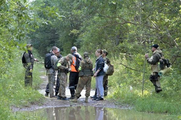 Поиски часто проходят в труднодоступной лесистой местности