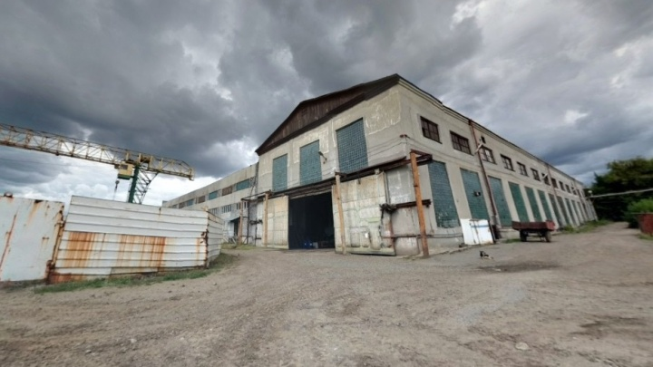 Судостроительный завод накажут за смерть сварщика, сорвавшегося с высоты со строительной люлькой
