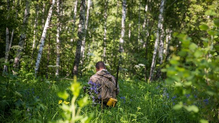 Спрятался в норе под крапивой: пропавшего в лесу под Новосибирском мальчика нашли спустя 5 часов