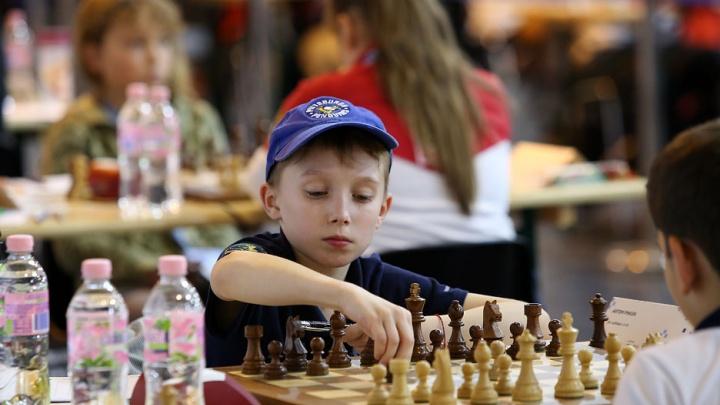 10-летний мальчик из Екатеринбурга обошел француза и стал победителем первенства Европы по шахматам