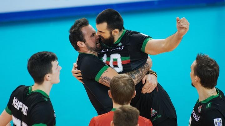 Волейбол: «Локомотив» разгромил «Кузбасс»