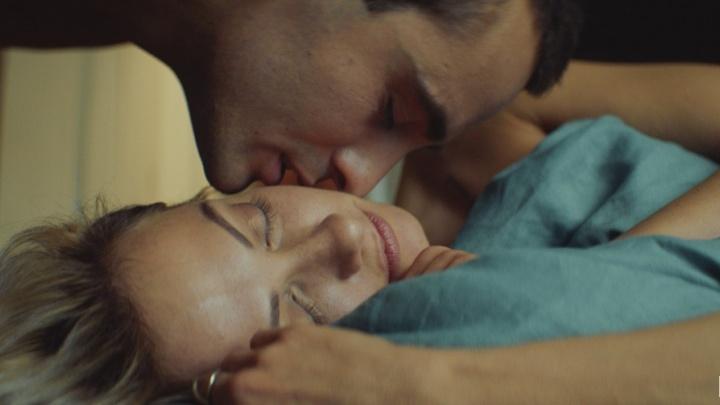 Идти ли в кинотеатр на фильм «Без меня»? Рецензия на историю любви, ломающую мнение о жизни соперниц