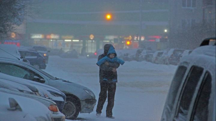 Дети из Башкирии смогут прогулять школу из-за арктического холода