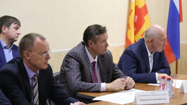 Дубровский потребовал отменить покупку машины для главы района, пострадавшего от землетрясения