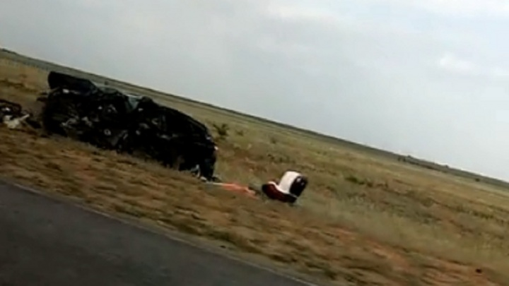 В смертельной аварии на трассе Волгоградской области пострадали двое детей