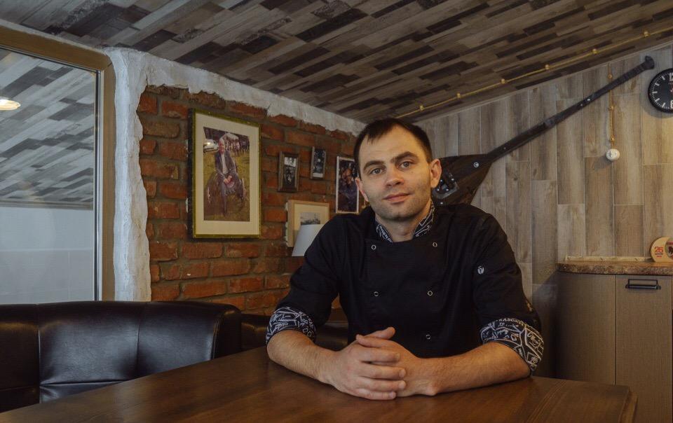 Константин Коньшин — шеф-повар ресторана коми-пермяцкой кухни «Национальный»
