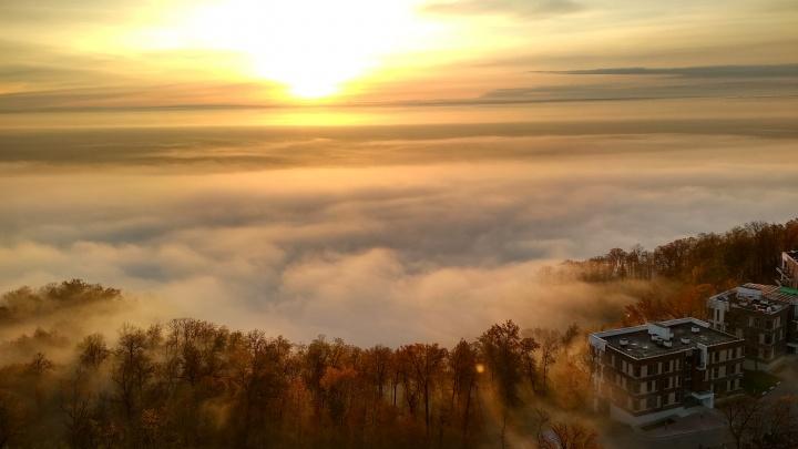 Уфа над облаками: уфимец работает на кране и снимает город с высоты птичьего полета