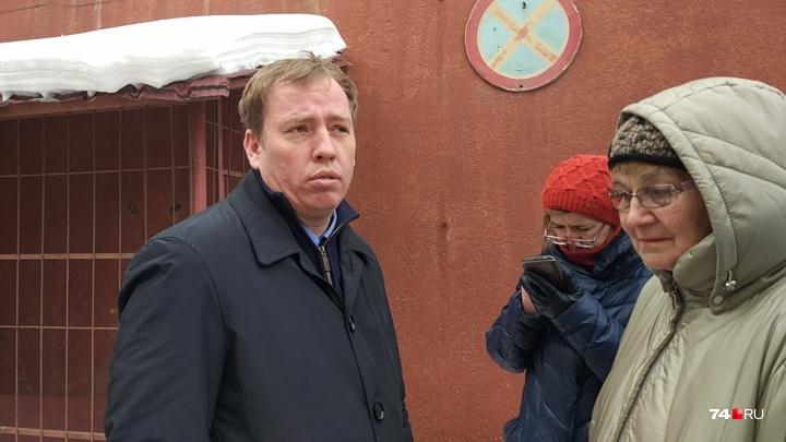 Передумал: следователь отпустил на свободу задержанного за аферу бывшего челябинского омбудсмена