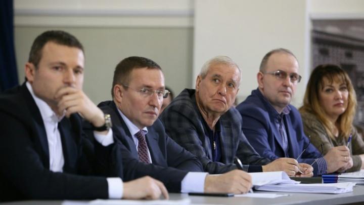 Дом в Испании, Rolls-Royce и квадроциклы: чем владеют депутаты гордумы Челябинска