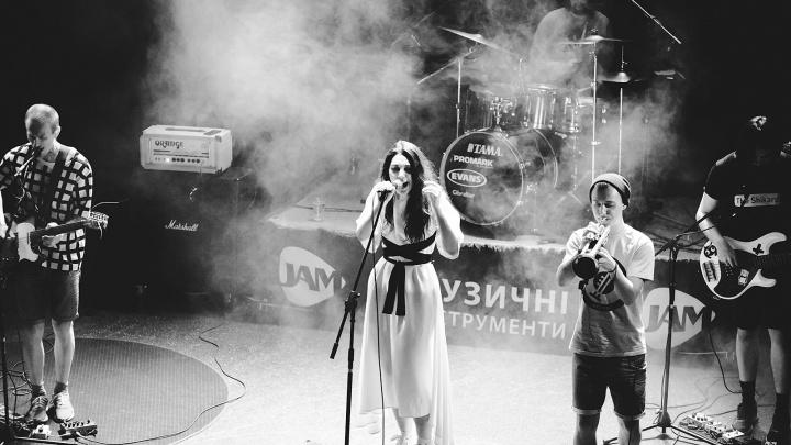 19 идей для выходных в Тюмени: барабаним на вечеринке ударников, мечтаем под песни«АлоэВера»