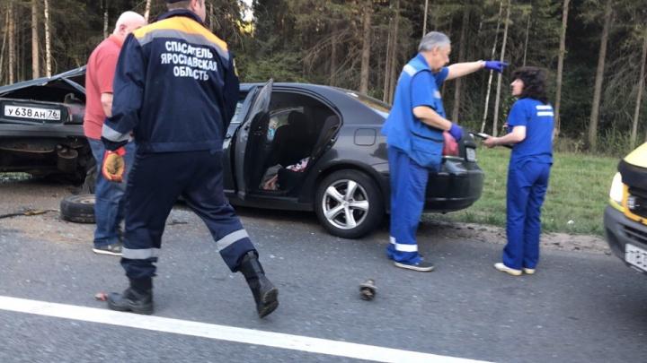 «Тот, кто в ВАЗе — однозначно погибнет»: реакция соцсетей на смертельное ДТП в Ярославской области