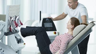 «Мы снижаем цены, вы — лишний вес»: эффективный фитнес за 15 тысяч рублей в год