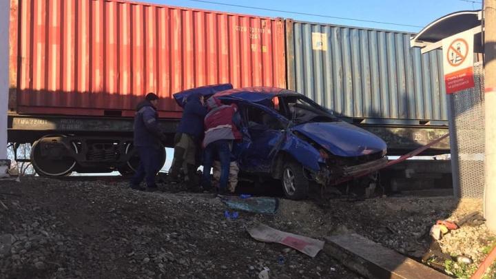 В БашкирииLifan попал под поезд: водитель погиб