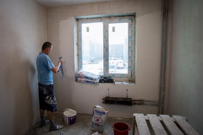 По закону помещения полноценными квартирами стать не могут: в них не предусмотрены водоснабжение и канализация и не соблюдены нормы по инсоляции