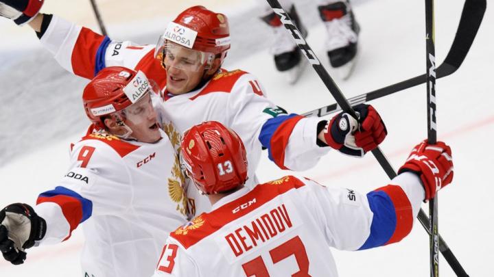 Защитника ХК «Сибирь» вызвали сыграть за сборную в матчах с европейцами