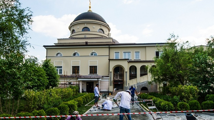 В Екатеринбурге освятят храм в древневизантийском стиле, который реставрировали 10 лет