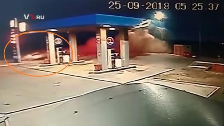Момент смертельного ДТП под Волгоградом попал на видео
