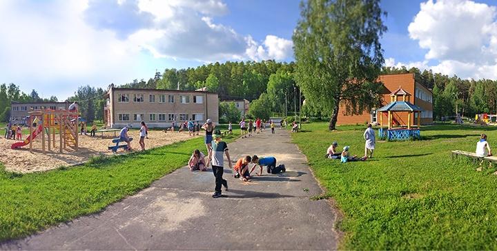 «Пригнали 10 спецмашин»: в Челябинской области эвакуировали детский лагерь из-за шутки воспитанников