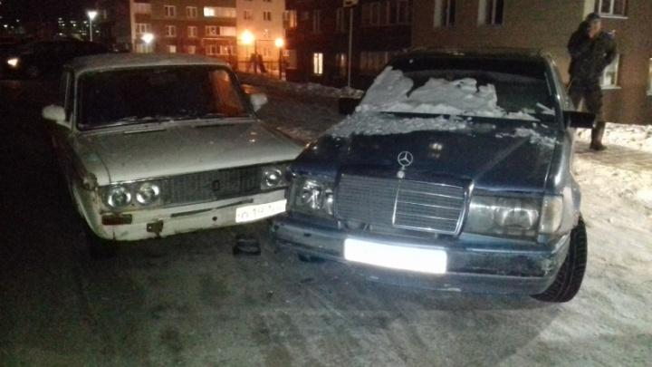 Владелец «Мерседеса» сымитировал аварию, чтобы получить у страховой 112 тысяч