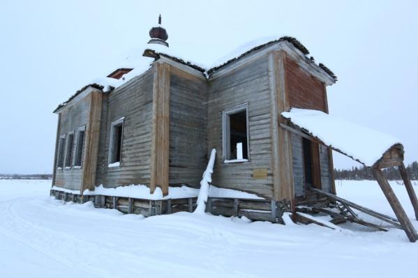 Богородице-Рождественская церковь в деревне Луда сейчас находится в аварийном состоянии
