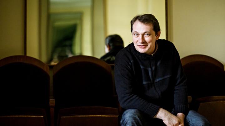Заслуженный артист России Владимир Майзингер уходит из Волковского театра: почему