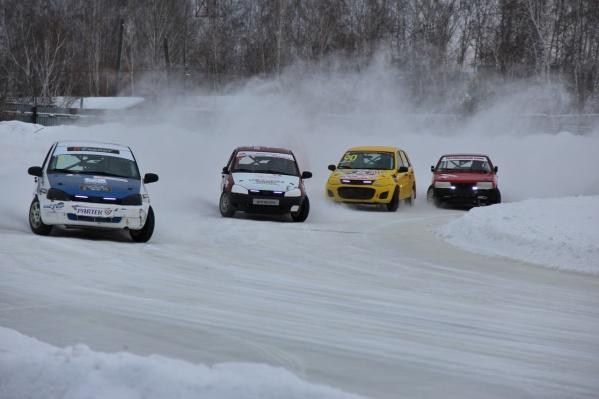 Соревнования гонщиков будут идти все выходные