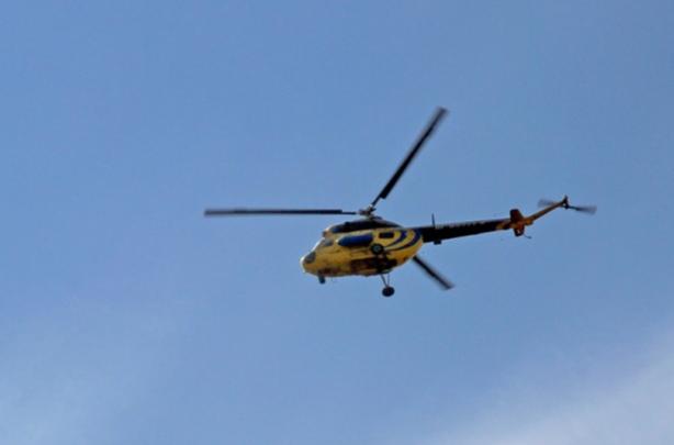 Вертолет силовых структур экстренно приземлился в Назаровском районе