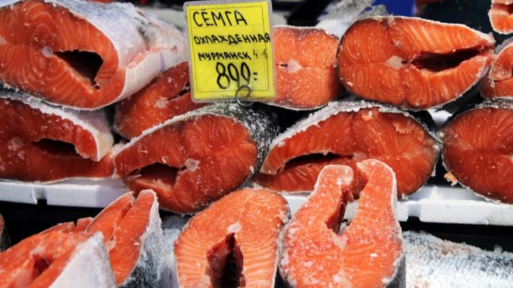 Ветчина «Припятская» да рыбка с рябчиками: что и за сколько продают на новогодней ярмарке