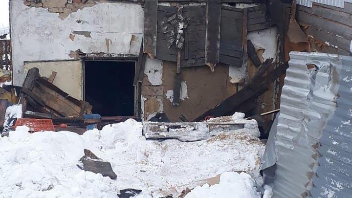 Живёт кто попало: застройщик объяснил, зачем снес дом сибирячки, пока она была на работе