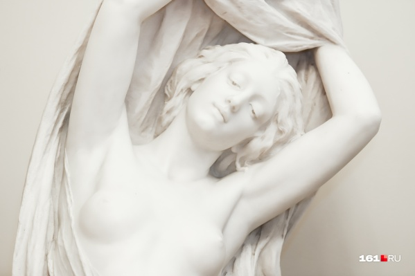 Мария Диллон в своих работах прославляла красоту женского тела